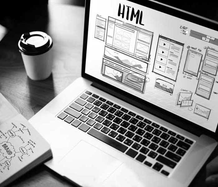 Web Designer e consulente seo freelance. Programmatore per la realizzazione di siti internet e Google Seo per la creazione siti web   immagine realizzazione siti web